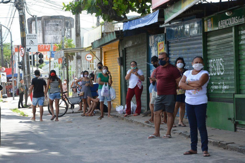 Movimentação de pessoas em Messejana durante isolamento social