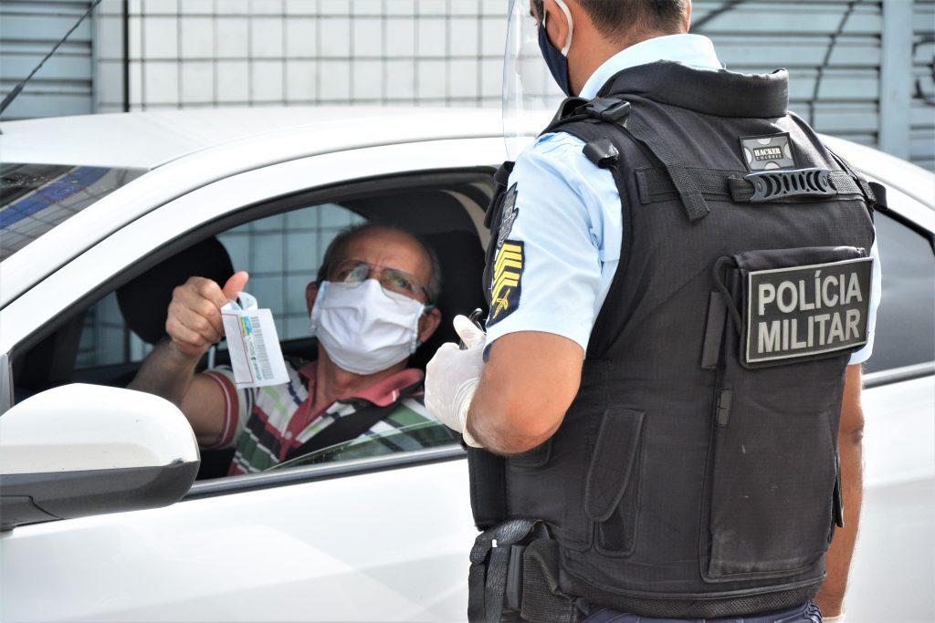 Blitz no conjunto Ceará durante lockdown