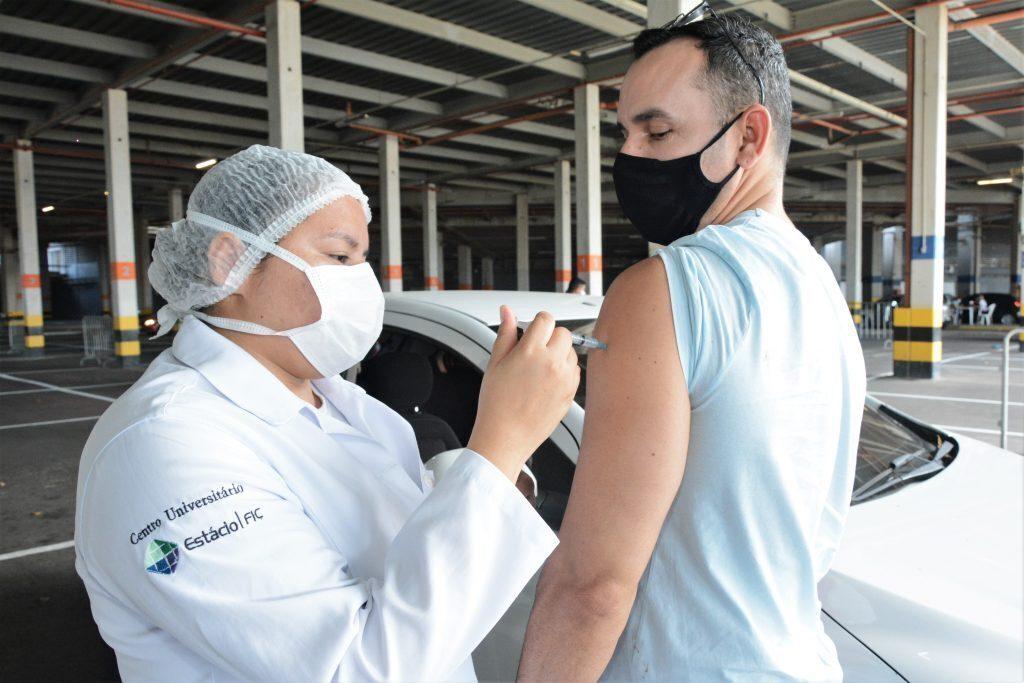 Vacinação COVID-19 no castelão Data:13.07.2021 Foto: Érika Fonseca