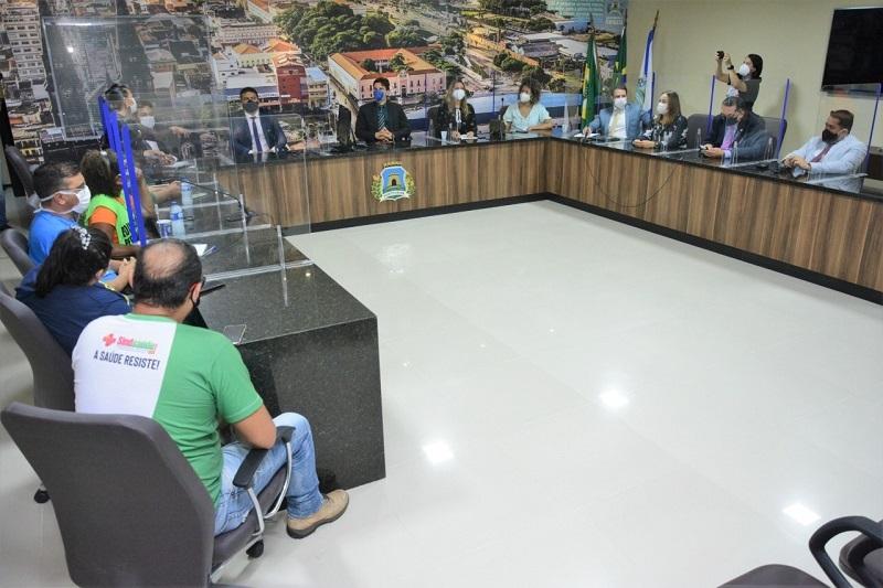 Comissão especial com sindsaúde - Foto: Érika Fonseca